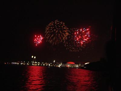 2005-8-24 Fireworks Boat Bash 00045