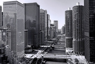 Chicago River from the Rooftop Terrace of the LondonHouse Hotel