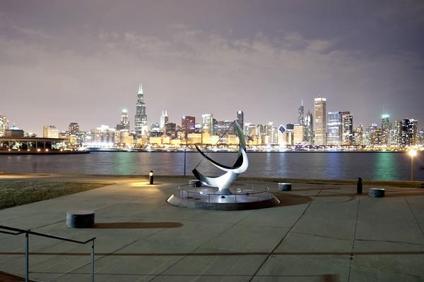 IMAGE: http://www.seansdigitals.com/Chicago/Chicago/i-nNXz46X/0/M/Chicago-21-M.jpg
