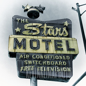 The Stars Motel  (closed)