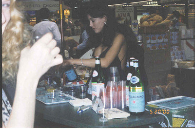 2000-5-20 Restaurant Show 26