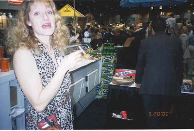 2000-5-20 Restaurant Show 25