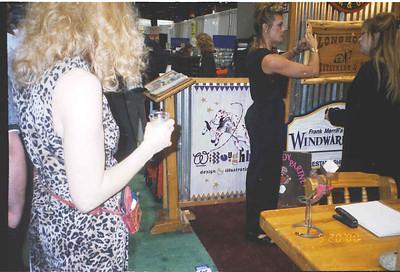 2000-5-20 Restaurant Show 19