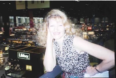2000-5-20 Restaurant Show 20