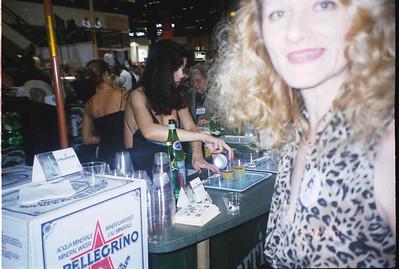 2000-5-20 Restaurant Show 18
