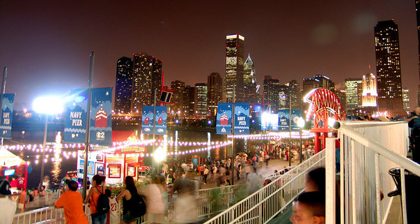 navy pier chicago night