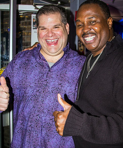 Joe Morganfield (r) with Cuzin's owner  Dennis Suglich