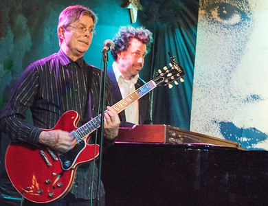 (l-r Billy Flynn and Johnny Iguana