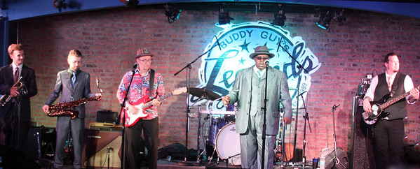 Tweed Funk   Buddy Guy's Legends   Buddy Guy's Legends