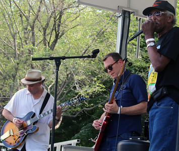 Rockin' Johnny featuring Lazy Lester | Front Porch Stage