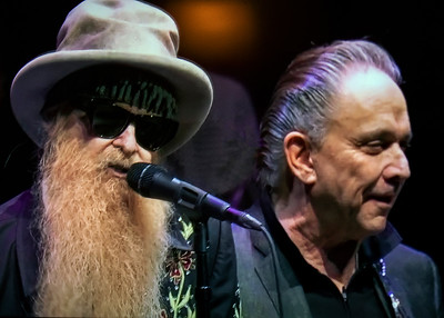 Billy Gibbons (l) and Jimmie Vaughan | Eric Clapton's 2019 Crossroads Guitar Fest