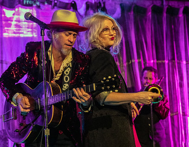 Jimbo Mathus and Cella Blue | Squirrel Nut Zippers