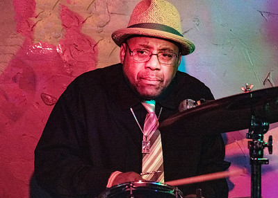 DC Conley | Low-reen and the Maxwell St. Market Blues Band