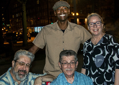 (front, l-r): Dave Katzman and Billy Flynn; (back, l-r) Kenny Smith and Mary Flynn | Cash Box Kings