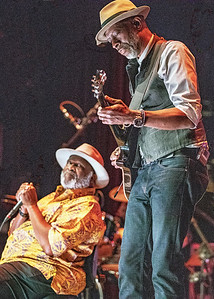 Taj Mahal (l) and Keb' Mo'