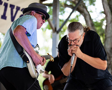 Pauly Stilin (l) and Barefoot Jimmy Schwarz | The Blues Disciples