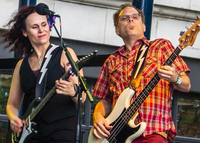 Erin Harpe (l) and Jim Countryman   Erin Harpe & The Delta Swingers