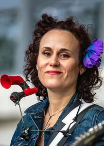Erin Harpe    Erin Harpe & The Delta Swingers...Yes, that's a kazoo
