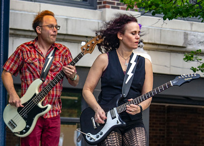 Jim Countryman (l) and Erin Harpe   Erin Harpe & The Delta Swingers