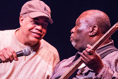 """Billy Branch (l) and James """"Pookie"""" Young 