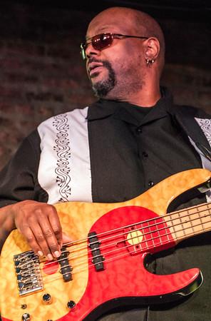 bass, Curtis Salgado band