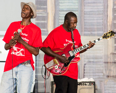 2017 Chicago Blues Festival | Larry Taylor (l) with Eddie Taylor Jr.