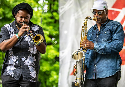 Horns (Terrance Simien and the Zydeco Experience) | Budweiser Crossroads Stage