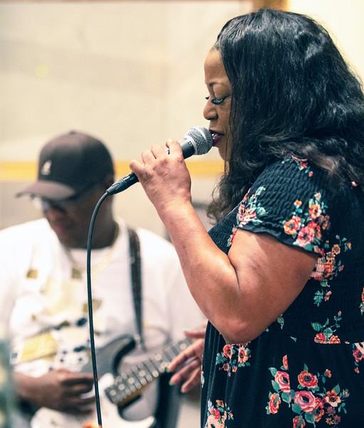 Demetria Taylor (Mike Wheeler in background)   Delmark Rehearsal for Blues Fest