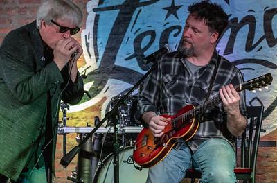 Matt Hendricks (r) with Bob O