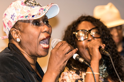 Shirley King (l) and Brenda Taylor, the daughters of BB King and Eddie Taylor Sr.