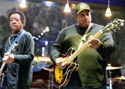 Jimmy Johnson (l) and Rico McFarland