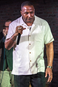 Joseph Morganfield (Martin Lang in background)
