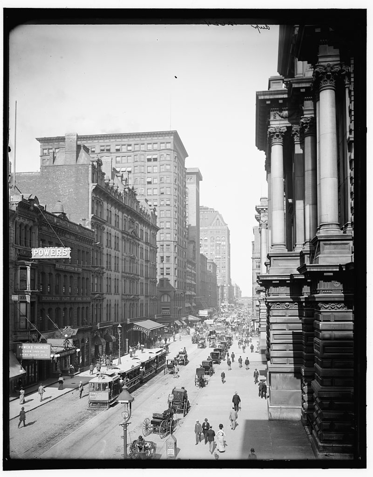 Title: Randolph St., east from LaSalle St., Chicago Related Names:    Detroit Publishing Co. , copyright claimant    Detroit Publishing Co. , publisher Date Created/Published: 1900 Sept 1.   http://www.loc.gov/pictures/item/det1994005078/PP/