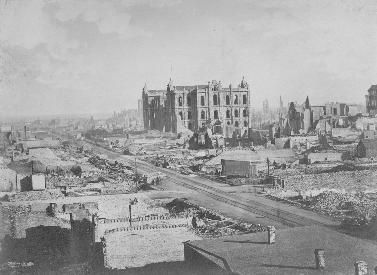 Aftermath of the Great Chicago Fire, 1871.  Photographer: Unknown Source: Chicago Public Library (ECC 1.1966)   http://encyclopedia.chicagohistory.org/pages/3524.html
