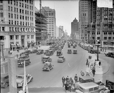 Michigan ave, 1929  Photographer: Chicago Daily News Source: Chicago Historical Society (DN-0089215)   http://encyclopedia.chicagohistory.org/pages/10448.html