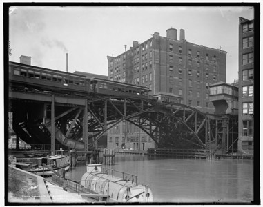 Title: Jackknife Bridge, Chicago, Ill. - Between Jackson and Van Buren Creator(s): Behm, Hans, photographer Related Names:    Detroit Publishing Co. , copyright claimant    Detroit Publishing Co. , publisher Date Created/Published: c1907.    http://www.loc.gov/pictures/item/det1994019762/PP/