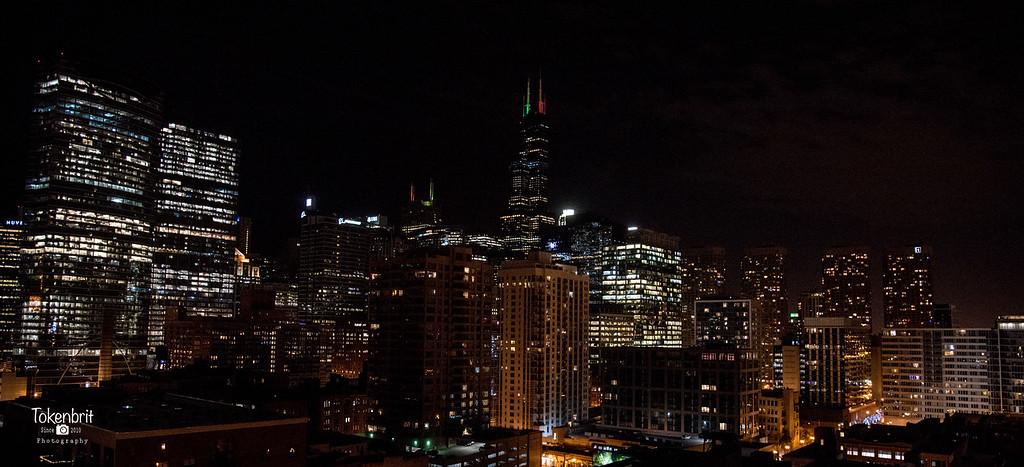 Chicago Holiday Skyline LR-8753