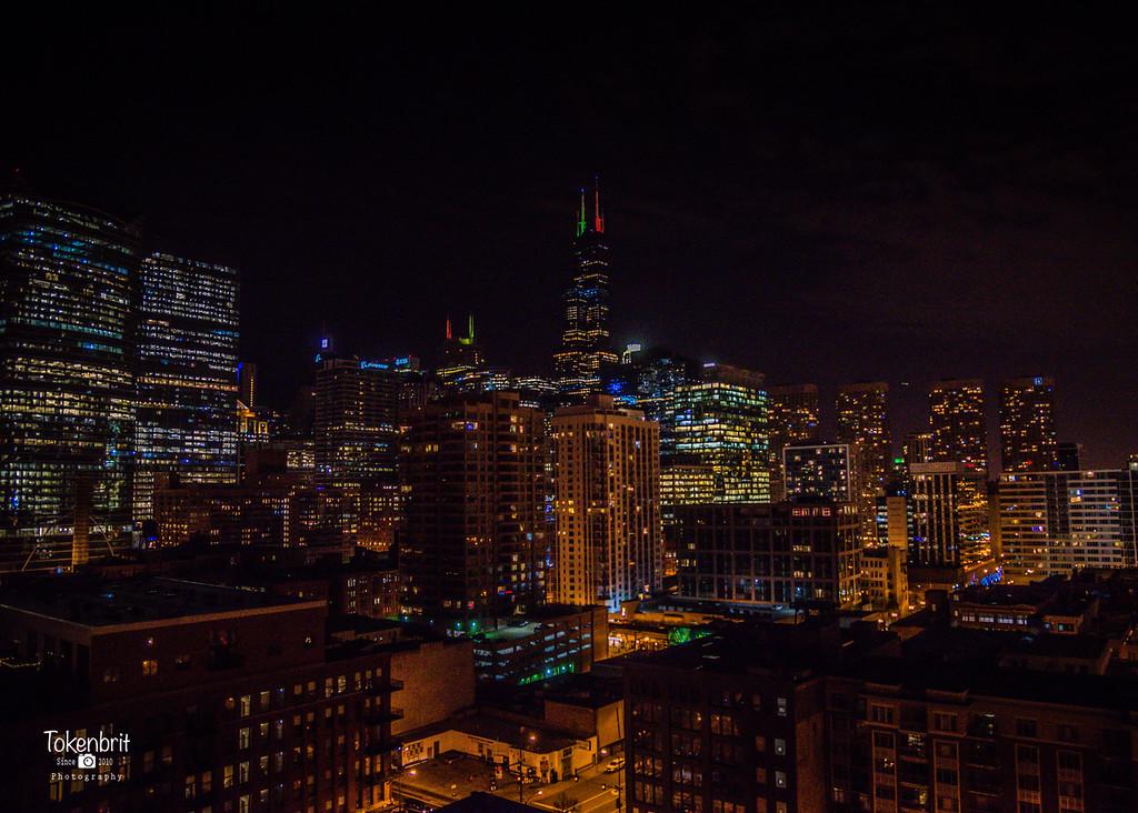 Chicago Holiday Skyline LR-8749