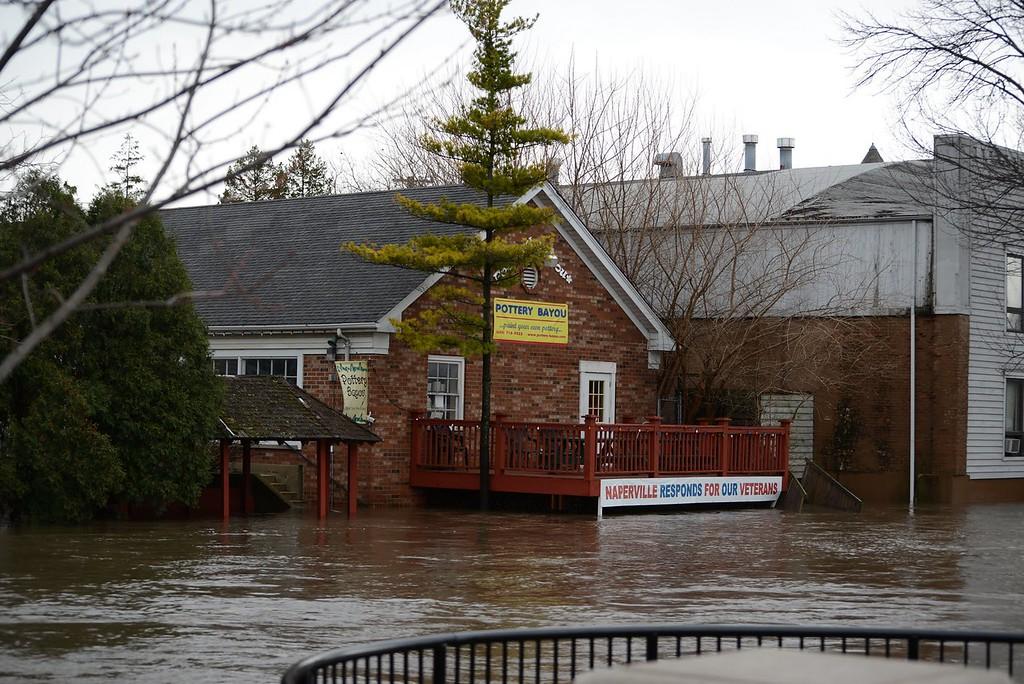 Bayou Naperville IL Riverwalk