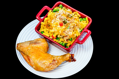 Chicken Maryland with macaroni and cheese