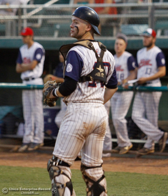 . Chico Heat\'s catcher Joe Bath makes sure the Lincoln Potters don\'t have a running trying to come home in a playoff game Tuesday August 8, 2017 at Nettleton Stadium in Chico, California. (Emily Bertolino -- Enterprise- Record)