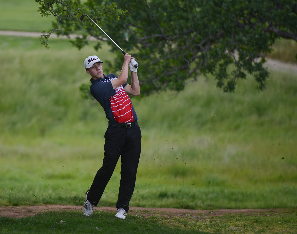 . Chico High\'s Brayden Russo golfs, April 12, 2018, in Chico, California. (Carin Dorghalli -- Enterprise-Record)