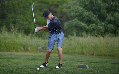 Pleasant Valley High's Chase Fleshman golf, April 12, 2018, in Chico, California. (Carin Dorghalli -- Enterprise-Record)