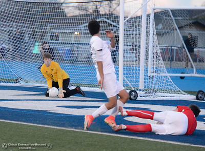 Chico High's goalie Duncan Babcock (1) stops Pleasant Valley High's point attempt Friday, January 19, 2018 Asgard Yard in Chico, California. (Emily Bertolino -- Enterprise-Record)