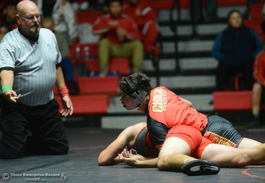 . Chico\'s Zach Soto wrestles Corning\'s Tristen Bailey in the 160 weight class Wednesday November 29, 2017 in Corning, California. (Emily Bertolino -- Enterprise-Record)