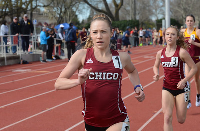 Alex Burkhart takes the lead in the 1500, with Alex Tucker close behind, Saturday, March 10, 2018, in Chico, California. (Carin Dorghalli -- Enterprise-Record)