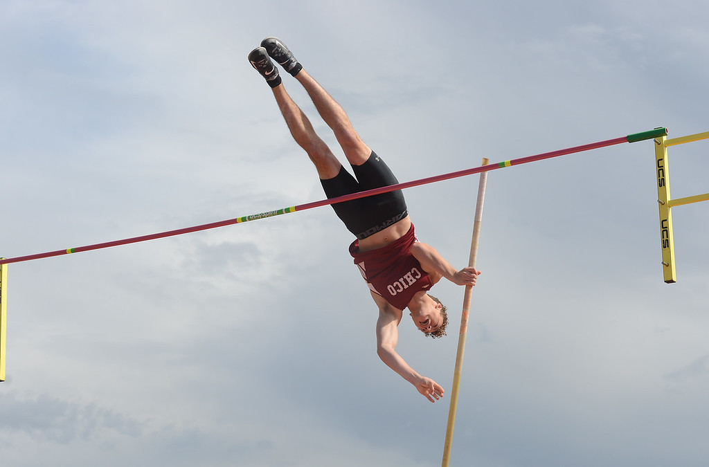 . Deven Hernandez pole vaults, Saturday, March 10, 2018, in Chico, California. (Carin Dorghalli -- Enterprise-Record)