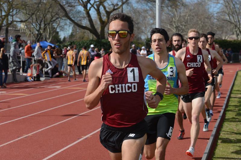 Kyle Medina takes the lead in the 1500, Saturday, March 10, 2018, in Chico, California. (Carin Dorghalli -- Enterprise-Record)