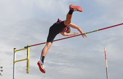 Cristian Brady pole vaults, Saturday, March 10, 2018, in Chico, California. (Carin Dorghalli -- Enterprise-Record)