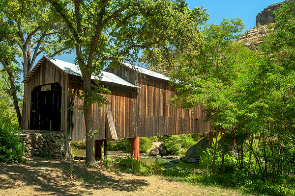 Honey Run Covered Bridge in Summer, Butte Creek Canyon, Chico, CA